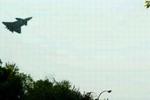 再次现身!行车记录仪拍下歼20低空掠过