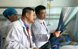 """北京10家医院将""""一对一""""帮扶河北10家医院"""