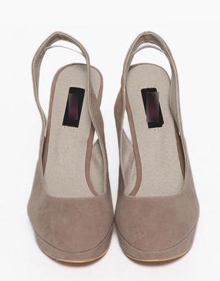 高防水台款粗跟鞋 - 女士靴子/女鞋/鞋包配饰