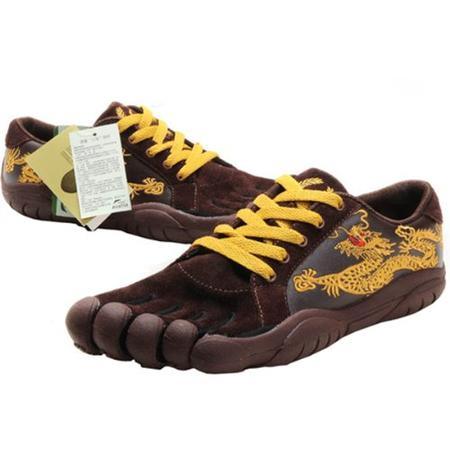 绣金龙男式五指鞋