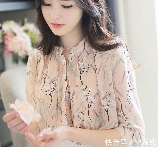 轻柔的雪纺衫,浪漫而唯美,气质而独特