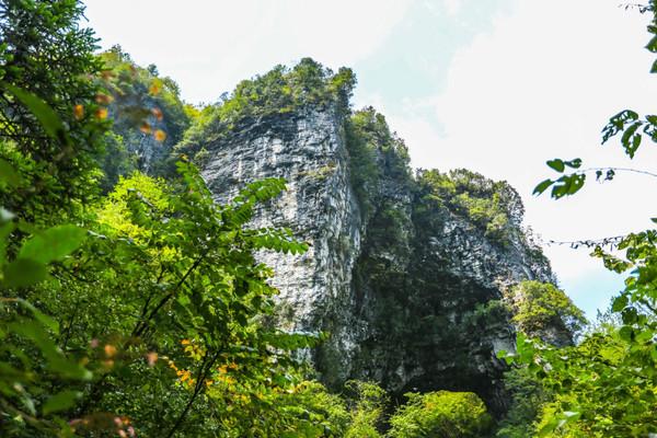 北靠三峡风景区的瞿塘峡