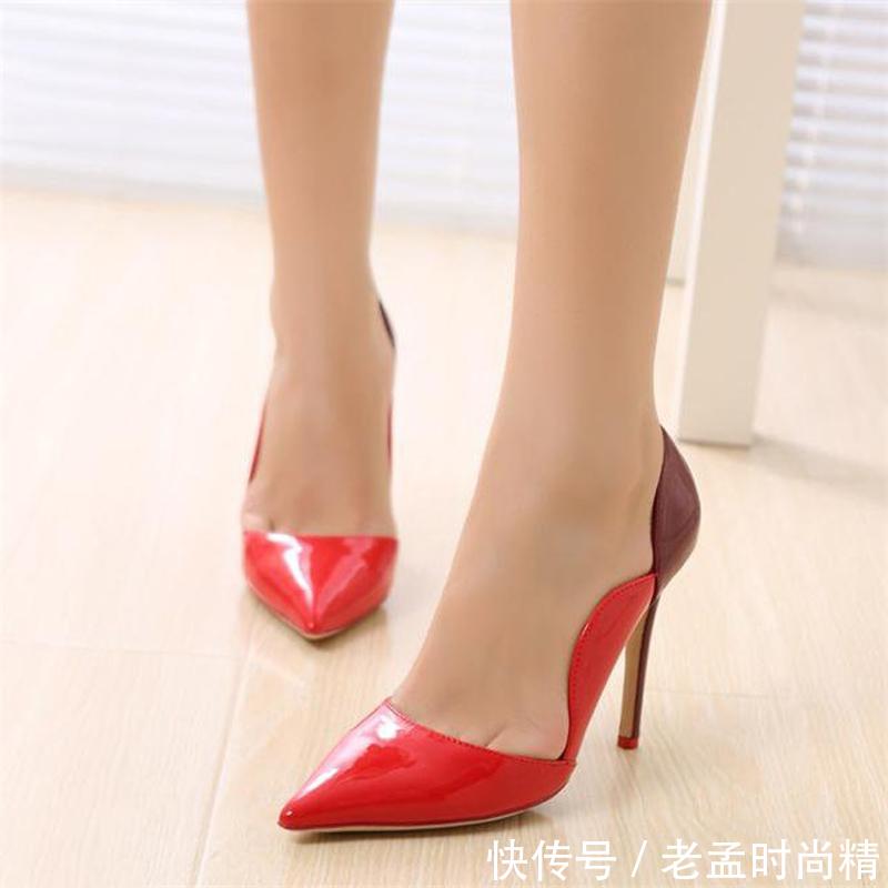 奔四五成熟女人别穿土气的鞋子了,如今流行这8双高跟鞋,优雅知性