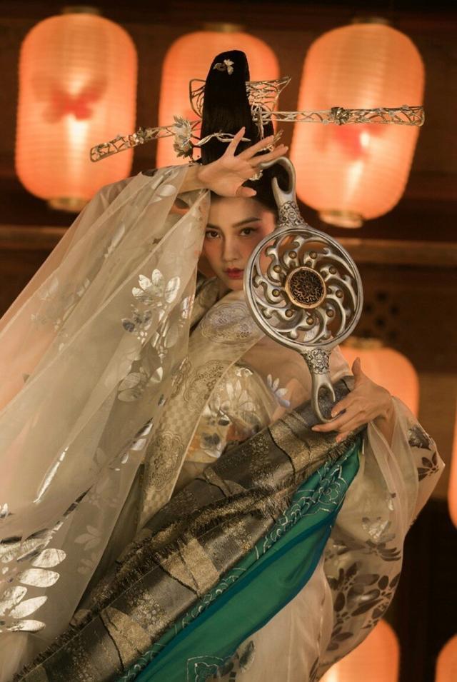 Angelababy最美古装角色银睿姬,从天而降,似壁画中仙女