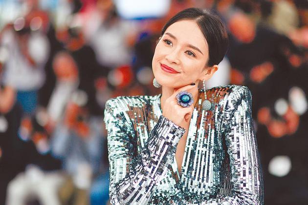 章子怡出道20年,成为首位在坎城影展大师讲堂开讲的华人。