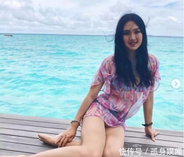 """华为总裁20岁小女儿曝光,看到她之后,才懂什么才叫""""名媛""""!"""