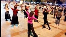 《雪山阿佳》民族舞32步,男女老少都在跳