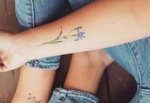 小碎花纹身图案设计