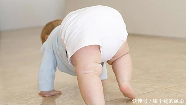这3种带孩子的错误方式,可能会影响孩子的身高发育,宝妈别忽视