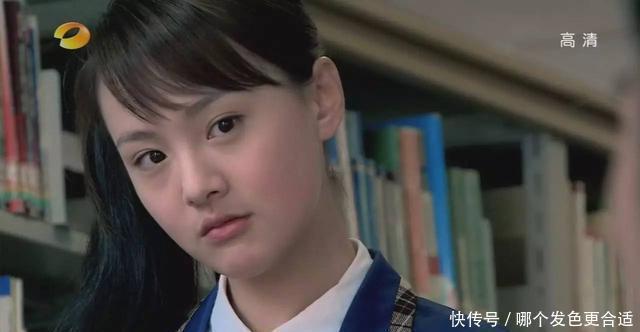 """27岁郑爽美回""""楚雨浔"""",一个齐刘海让她重回颜值巅峰"""