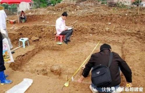 <b>西安发现一座小墓,被盗了上千年,考古队却很兴奋盗墓贼真蠢</b>