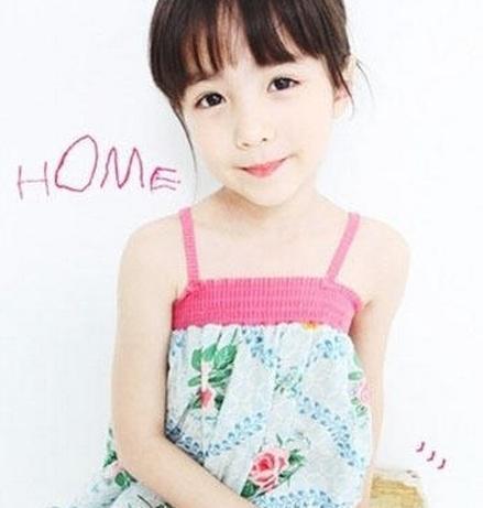 她是韩国混血儿小萝莉克里斯汀娜