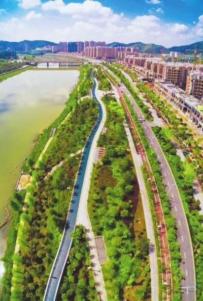 东华高铁技术学校风景