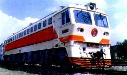 (图)韶山7型电力机车