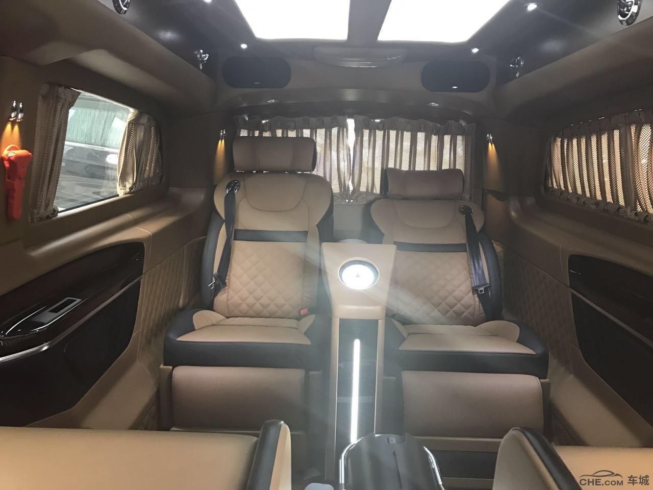 奔驰v级v260专属个性豪华房车 最新优惠报价宝骏