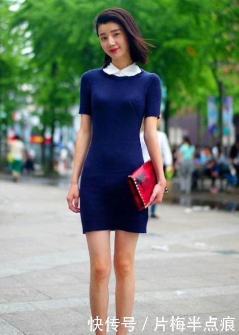 <b>街拍:紧致身材的小姐姐,唯美的穿搭很动人,傲人身材不一般</b>