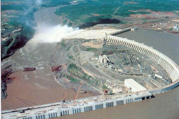 三峡水电站,又称三峡工程,三峡大坝.