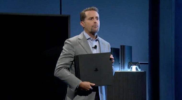 索尼PS4 Pro闪亮登场