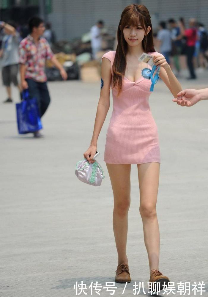 街拍满街的漂亮的小姐姐,让不让人活了插图(2)
