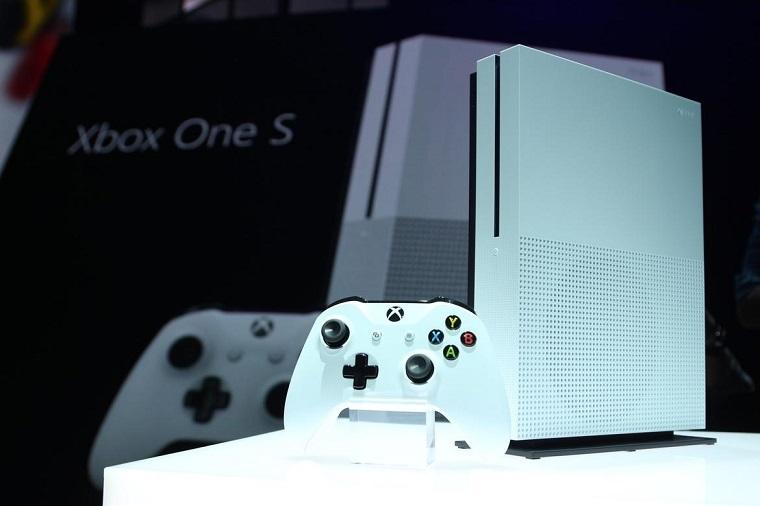 微软Xbox One S主机