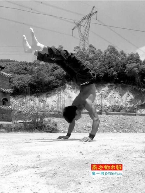 【转】北京时间     网红搬砖小伟:粉丝再多,还是喜欢工地的感觉 - 妙康居士 - 妙康居士~晴樵雪读的博客