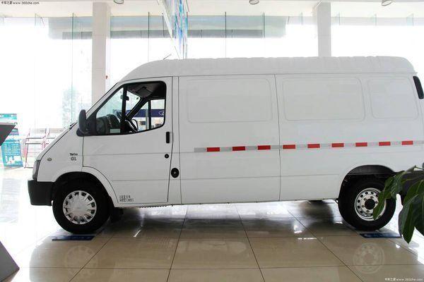 请问这样的车需要办营运证吗?这是江铃经典全顺封闭箱式货车.