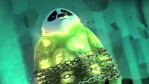 《功夫熊猫3》父亲和亲戚朋友一起祈福,使阿宝成为真正神龙大侠