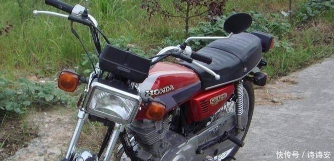没想到摩托车避震原来还有这个功能,有的人骑到报废都不知道