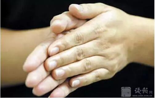 人猝死前身体发出2个救命信号 一定要知道 - 昭然 - 沙河市中老年医学保健大学咨询会