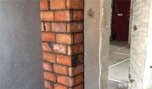 卫生间包立管还用砖砌吗?占地不美观!老师傅这样包,隔音效果好
