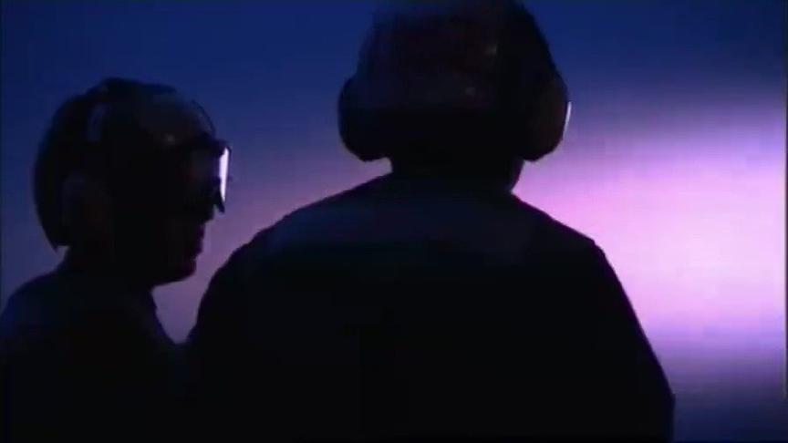 #军武大本营# #纪录片# 《超级航母》第1集海上机场(航空母舰 舰载机 战斗机 军事 战机