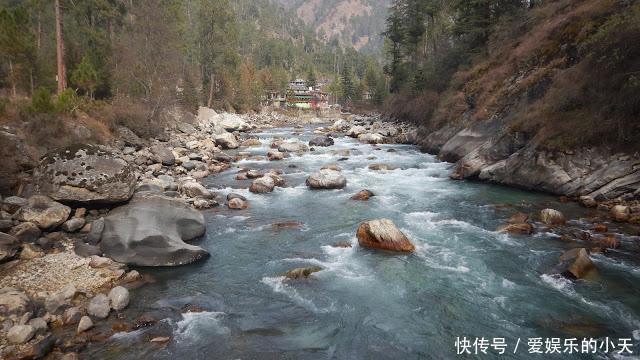 印度,雪山神女谷,山谷中的迷幻趴