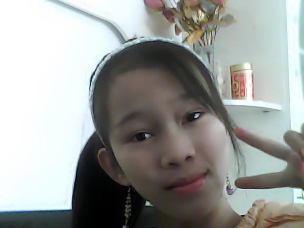 4张13岁小女孩的照片