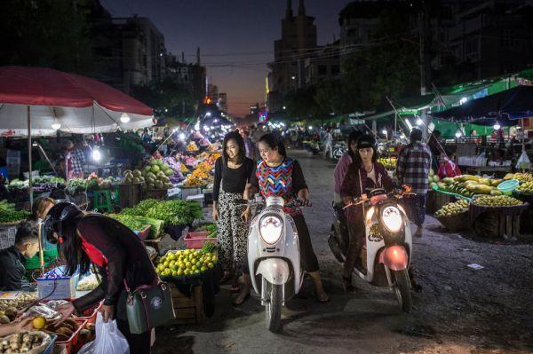 美媒:中国人在缅甸曼德勒经商赚钱 不愿过分炫富