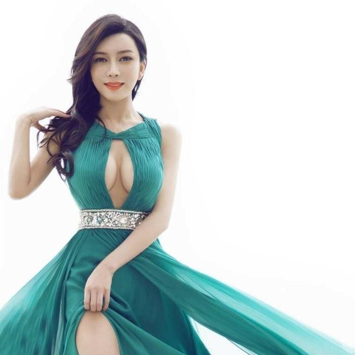 """她模特出道出演潘金莲,身材高挑性感却在现实中爱上""""武大郎"""""""