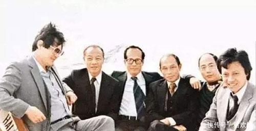 """纵横商界60多年和霍英东、李嘉诚称兄道弟 自称有""""上万女伴"""""""