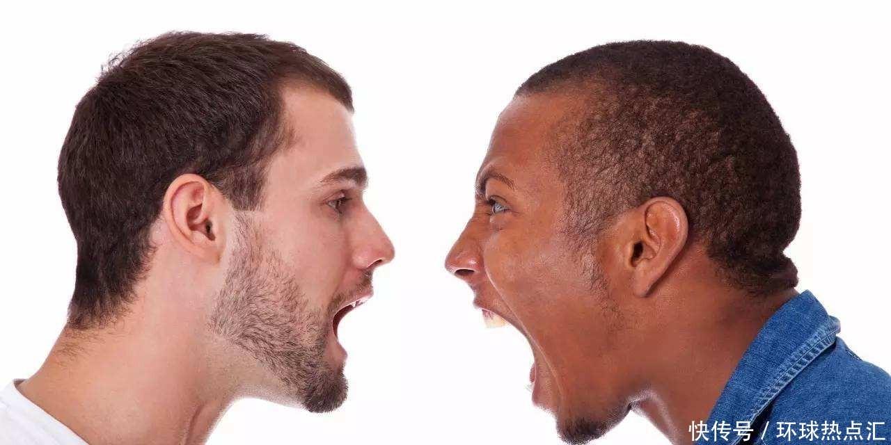 美国以民主国家自居,为什么国内种族歧视还那