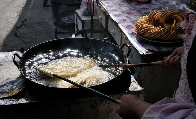 实拍新疆街边小吃:你能吃下去吗? - 一统江山 - 一统江山的博客