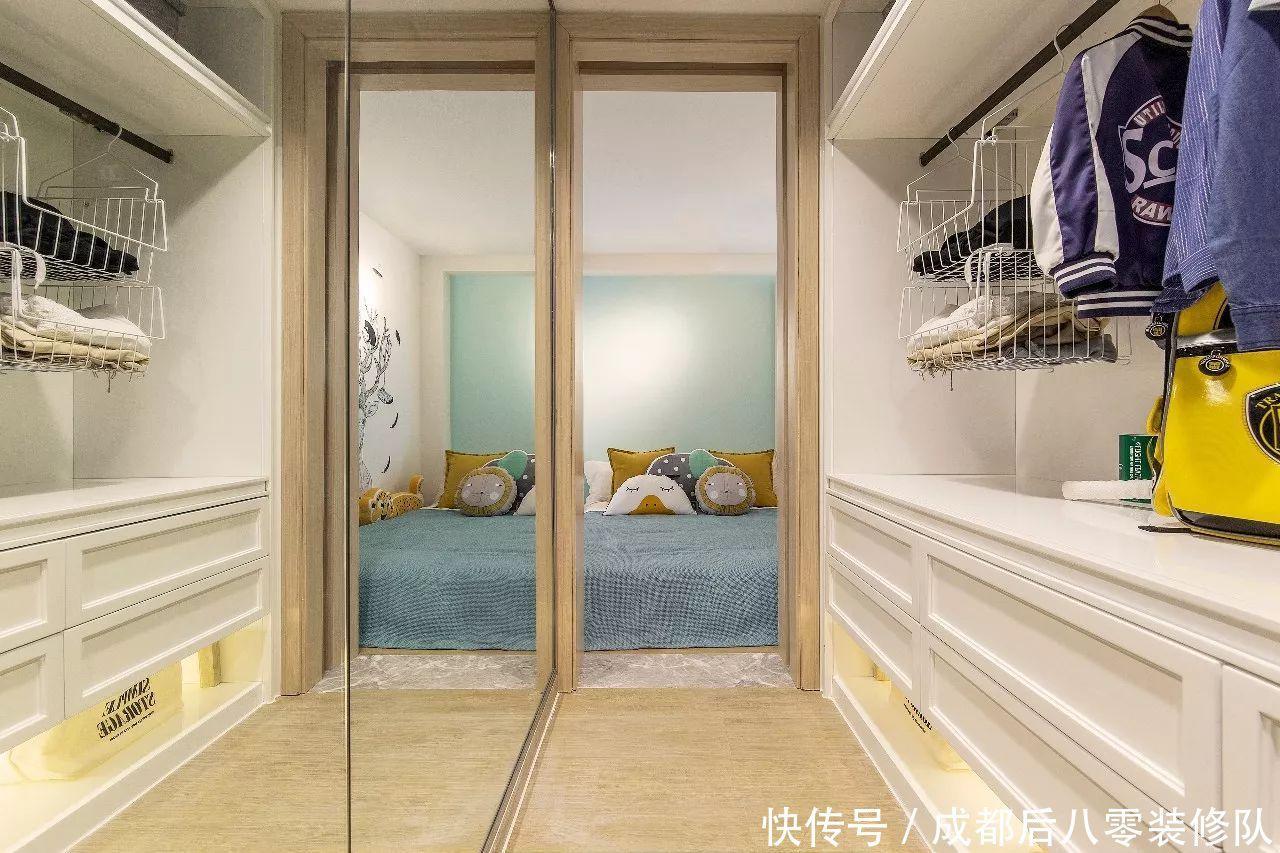 成都loft公寓装修效果图 热烈的鲜橙色为主基调