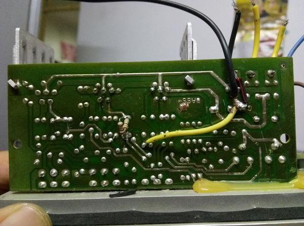 1的功放板,两块d2030a一块tda2030a,一块f4558,没有