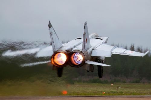 唯快不破!终结美国神话的米格-25有多可怕?快