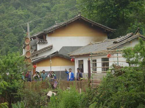 坭美彝族乡