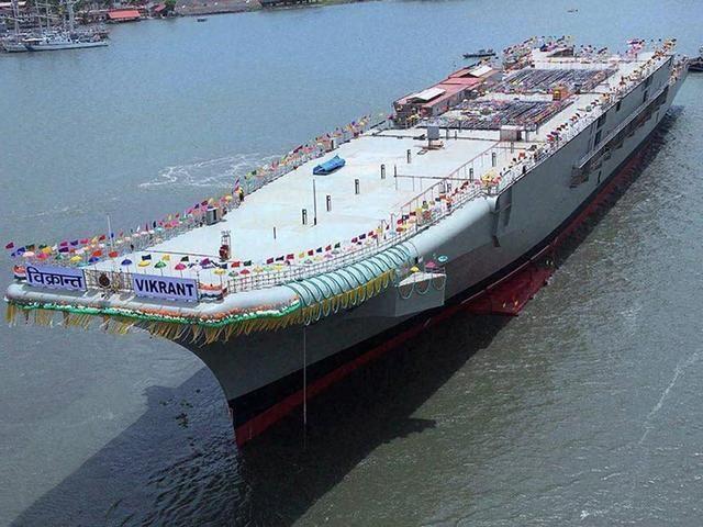 这艘航母8层甲板封闭5年后才发现没装燃气轮机