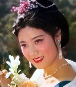 李秀明与王洪文照片_李秀明的丈夫