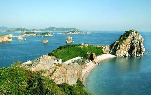 海王九岛位于庄河市石城镇海面上的石城列岛