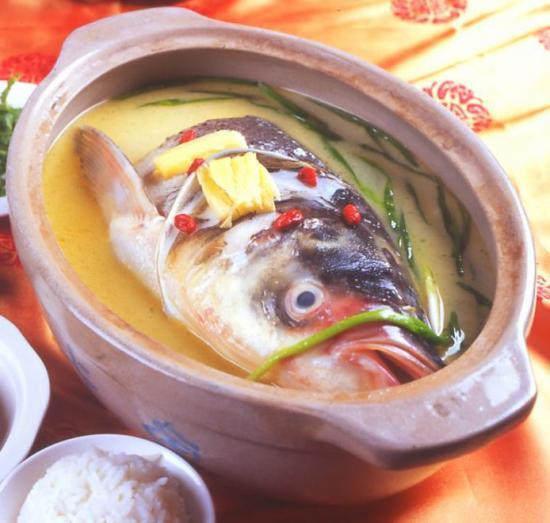 砂锅酸�9ॹ�y�h_砂锅鱼头