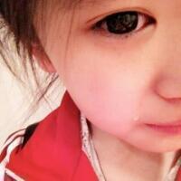 穿红色衣服的qq女生头像