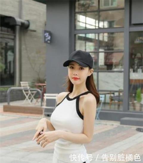 路人街拍,迷人性感的美女,很适合在工作的成熟女人