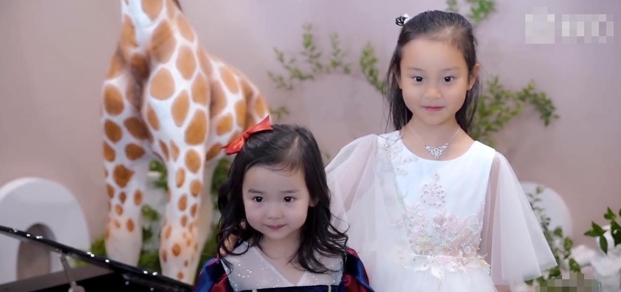 李小璐为董璇女儿送上视频祝福,感慨做妈妈很