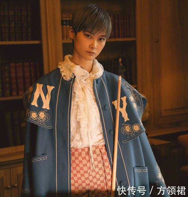 李宇春又发力!一身刺绣复古风长裙,中国第一中性美果真不是噱头